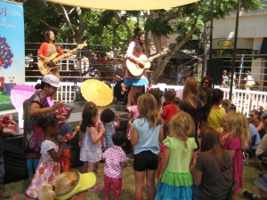 Monkey Monkey Music at The Grove in Los Angeles